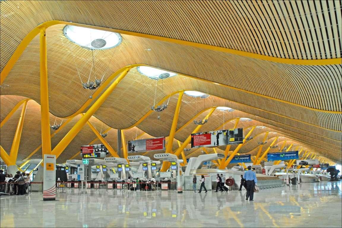 Аеропорт Мадрид-Барахас імені Адольфо Суареса, Іспанія